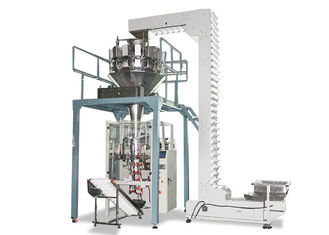 China Pneumatic Automatic Vertical Packing Machine , Sugar Packing Machine With Scale supplier